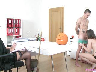 порно пожилых в нижнем белье