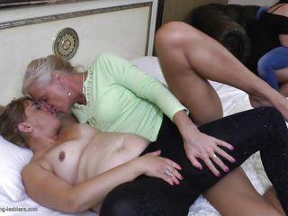 Старухи госпожи порно