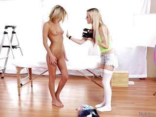 Порно кастинг на столе