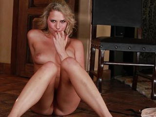 Секс с длинноногой блондинкой