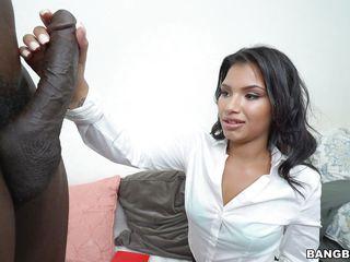 Видео секс мамой первый раз